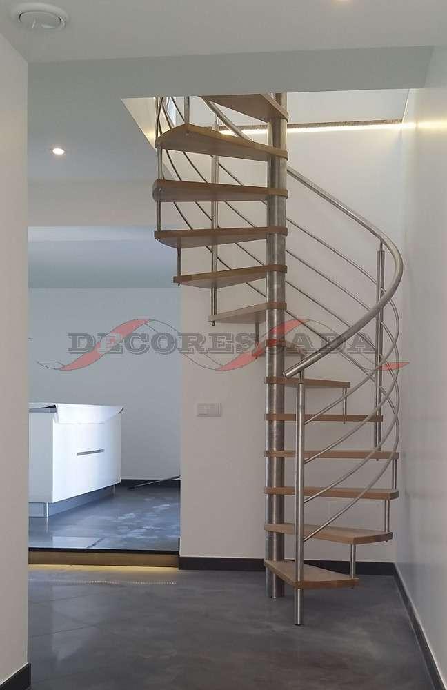 decorescada escada em caracol interior de inox e madeira. Black Bedroom Furniture Sets. Home Design Ideas